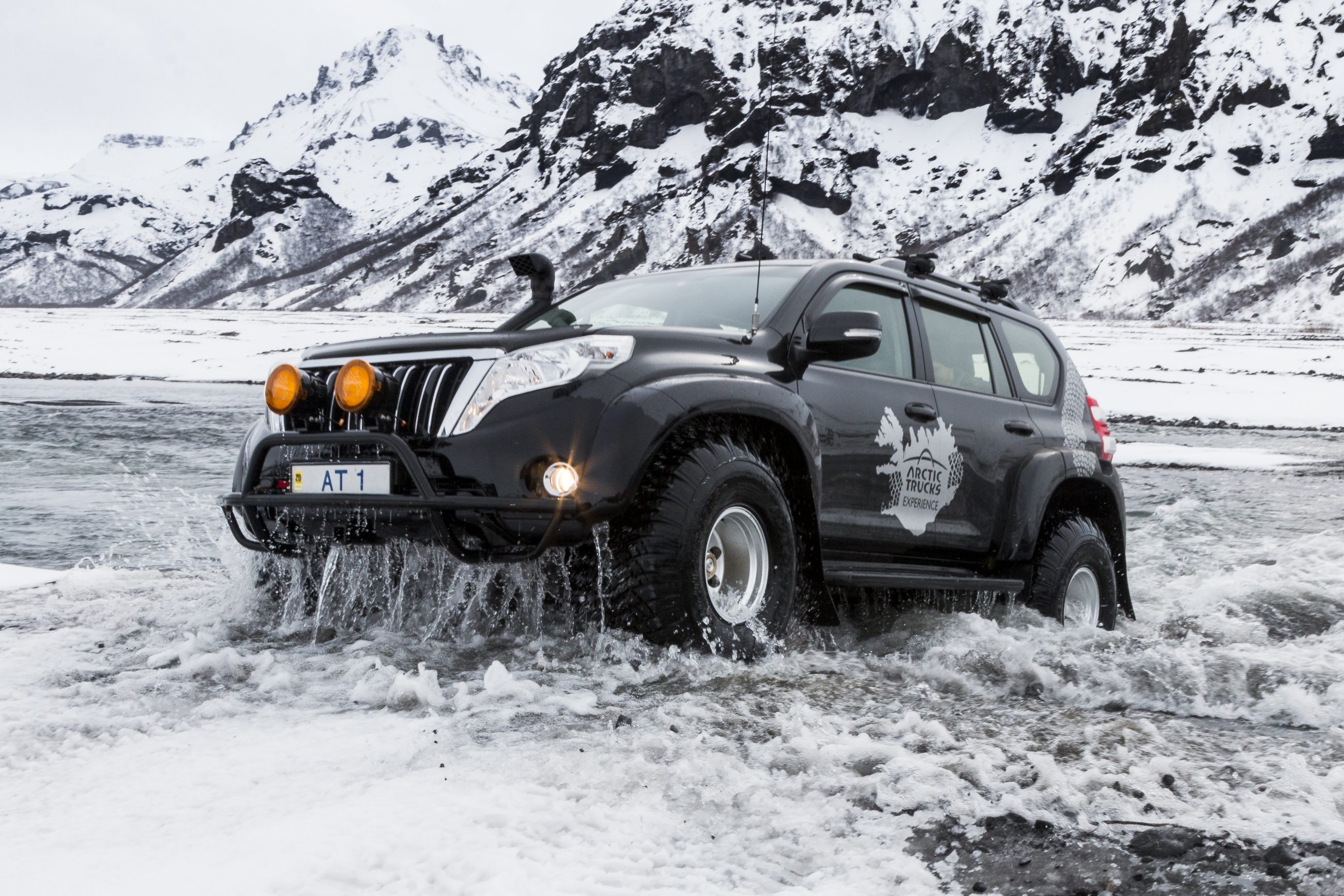 Iceland Truck Tours Amp Truck Rental Arctic Trucks Experience