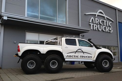 Arctic Trucks Experience Super Jeep Tours